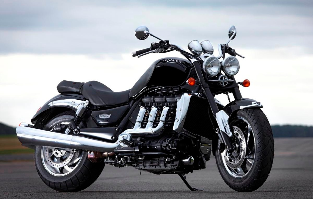 triumph rocket iii malaysian riders. Black Bedroom Furniture Sets. Home Design Ideas