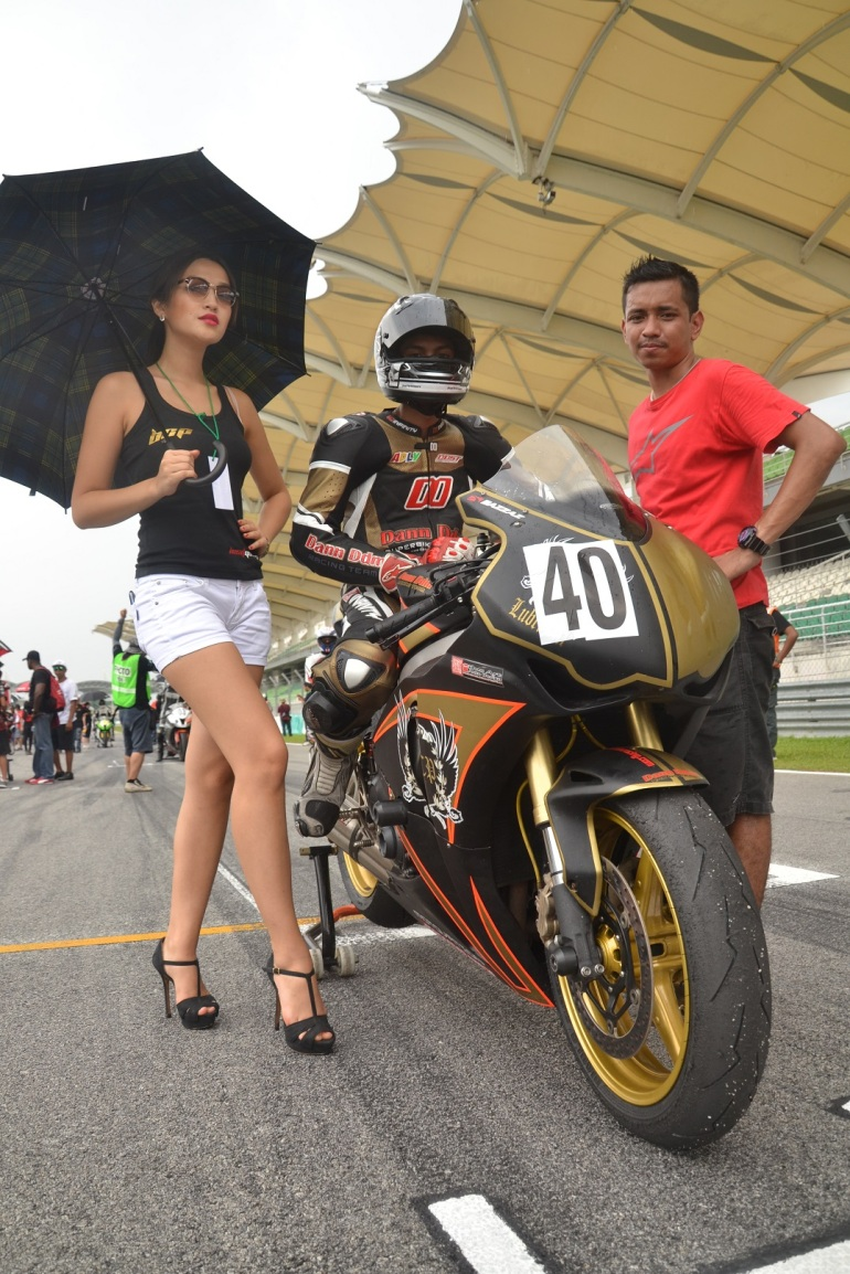 pelumba pasukan Dann DDM Racing, Adli
