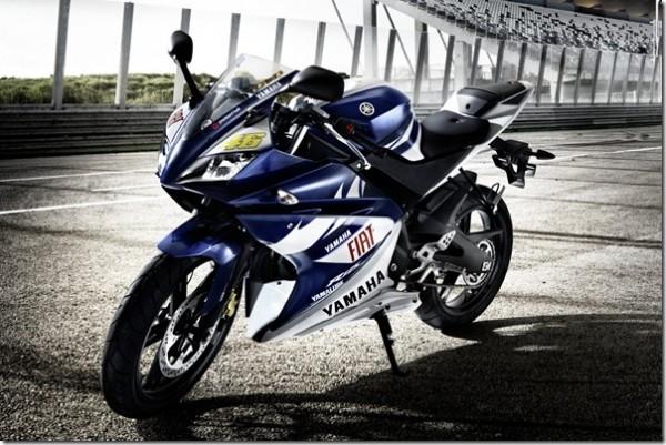 YZFr125_Rossi_rep_thumb-600x401