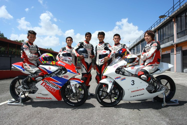 ADC riders who attended the Moto3 test - from left Khairul Idham Pawi, Aditya Pangestu, Sarath Kumar, Andi Farid, Chuang An Yu and Syunya Mori