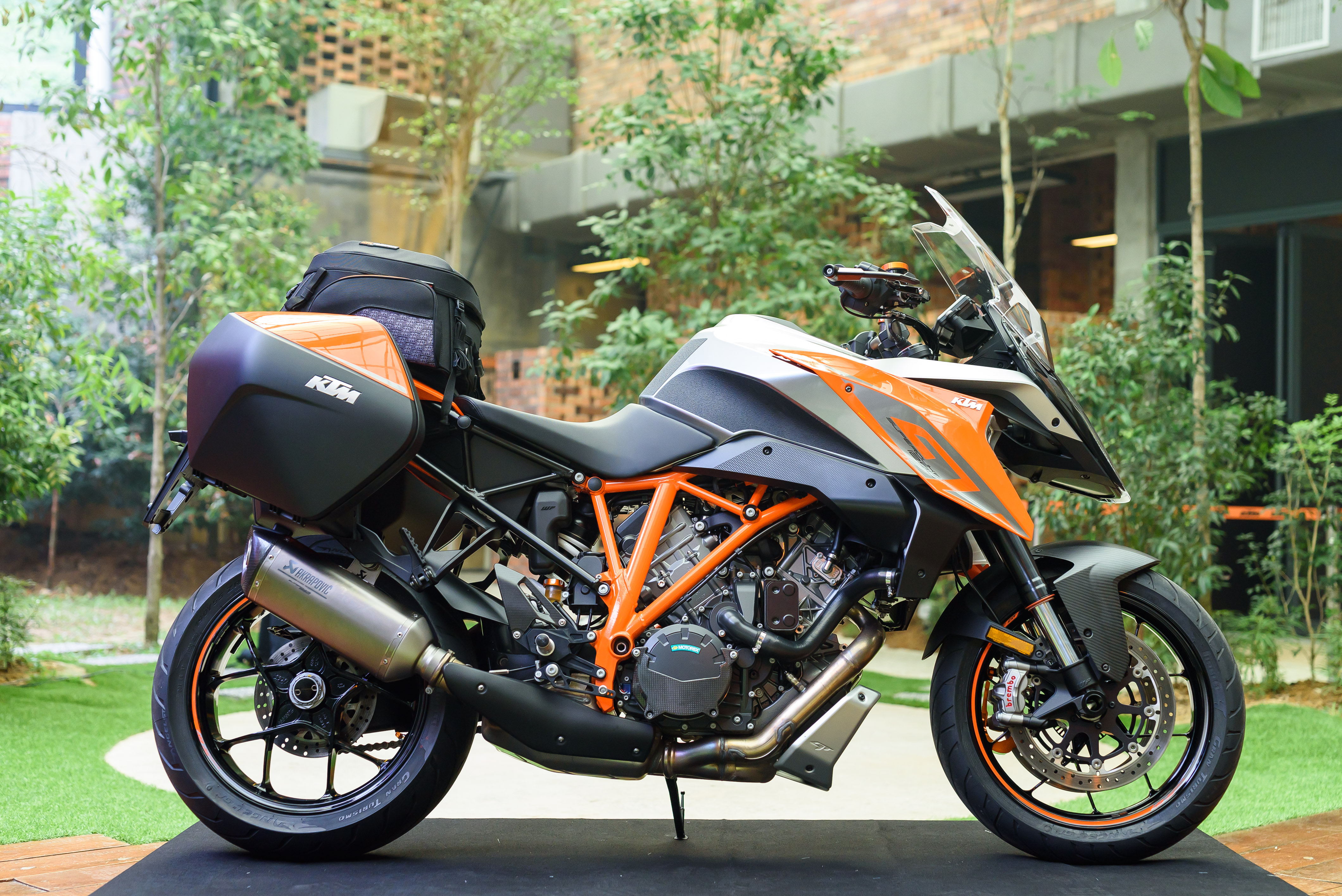 it s here ktm 1290 super duke gt malaysian riders. Black Bedroom Furniture Sets. Home Design Ideas
