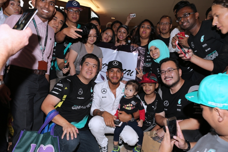 Celebrate the petronas malaysia grand prix showcase at suria klcc 1506069170lewis hamilton meet the fans during the 2016 petronas malaysia grand prix showcase m4hsunfo