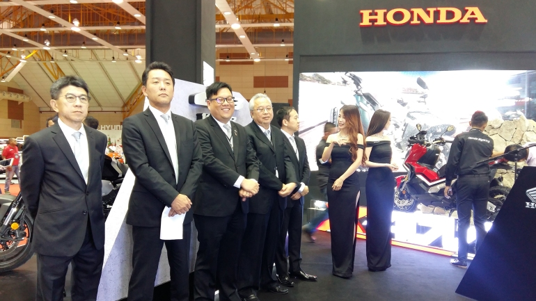 Honda Big Wing 3
